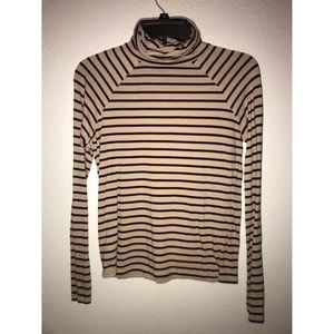 Striped long sleeve turtleneck